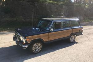 1987 Jeep Grand Wagoneer Base 4dr 4WD SUV