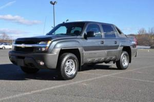 2004 Chevrolet Avalanche 4X4 2500 HD 8.1L 1 OWNER ONLY 81K Very Clean