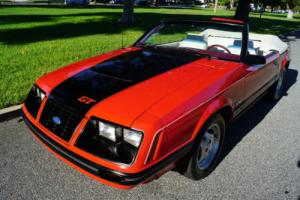 1983 Ford Mustang GLX 5.0L V8 5 SPD CONVERTIBLE