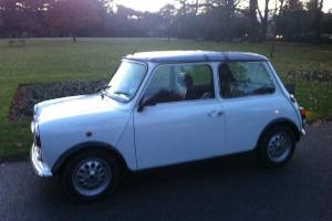 ROVER CLASSIC MINI, UNION FLAG, MPI, RED LEATHER TRIM, AIR BAG, PEPPERPOT ALLOYS  Photo