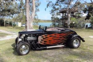 Hot Rod 1933 Ford Roadster