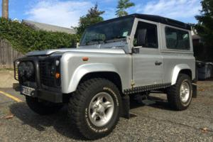 1988 Land Rover Defender 90 RHD Photo