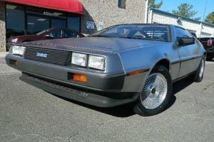 1983 DeLorean DMC-12 -- Photo