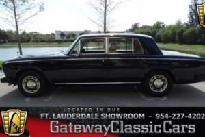 1977 Rolls-Royce Silver Shadow --