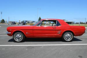 FORD MUSTANG 1966 COUPE