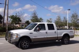 "2003 Ford F-250 Crew Cab 156"" Lariat 4WD Photo"