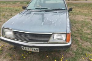 Holden VH Commodore wagon V8 Manual