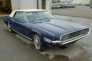 1968 Ford Thunderbird Landau Photo