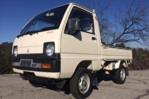 1980 Mitsubishi Light Truck MiniCab Mighty Photo