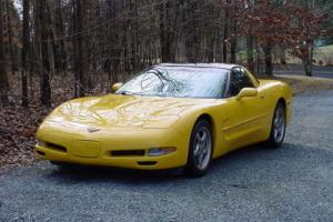 2000 Chevrolet Corvette C5 Coupe. LS1, 6spd. Targa Top for Sale