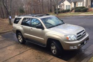 2004 Toyota 4Runner SR5 Photo