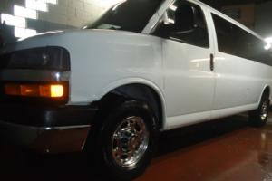 2007 Chevrolet Express 15 Passenger Window Van