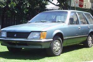 VH commodore wagon 1982
