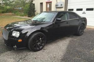 2007 Chrysler 300 Series SRT-8 4dr Sedan