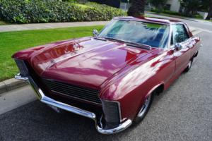 1965 Buick Riviera MILDLY CUSTOMIZED WITH A 455 4 BBL V8 ENGINE