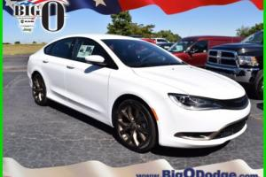 2017 Chrysler 200 Series S