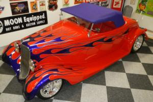 FORD 1933 ROADSTER HOT ROD