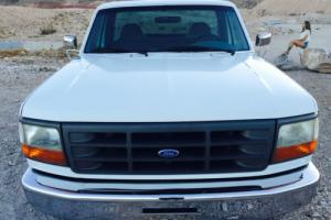 1997 Ford F-250 XL Photo