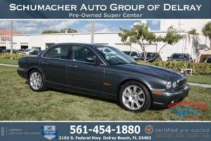 2004 Jaguar XJ8 -- Photo