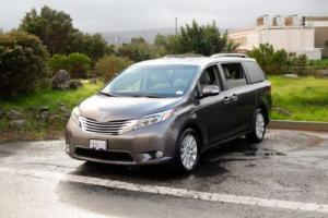 2015 Toyota Sienna Limited Premium Photo