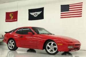 1986 Porsche 944 2dr Coupe 5-Spd Photo