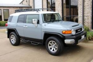 2014 Toyota FJ Cruiser 4WD Photo