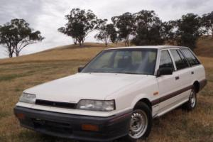 Nissan Skyline Executive GX Wagon R31 1989 Photo
