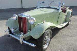 1952 MG TD Photo