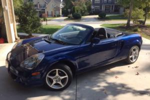 2003 Toyota MR2 Base