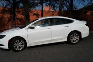 2016 Chrysler 200 Series LX