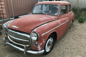 Hillman MINX. Complete with motor. Some rear damage Farm / Barn find. NO RESERVE