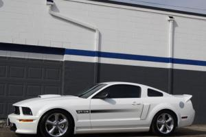 2007 Ford Mustang --