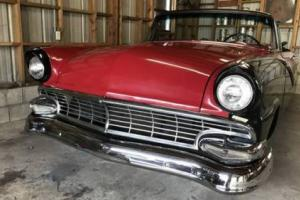 1956 Ford Fairlane sunliner Photo