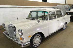Mercedes-Benz: 200-Series