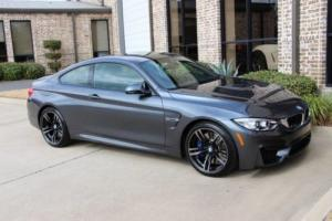 2016 BMW M4 Coupe Photo