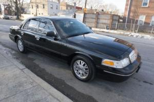 2005 Ford Crown Victoria LX Photo