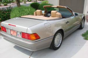 1990 Mercedes-Benz SL-Class SL Series Photo