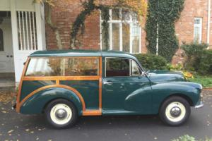 1957 Morris Minor Traveler Photo