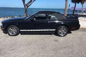 2005 Ford Mustang CONVERTIABLE