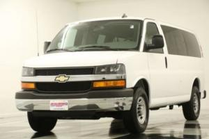 2016 Chevrolet Express LT 12 Passenger Camera 6.0L V8 Summit White