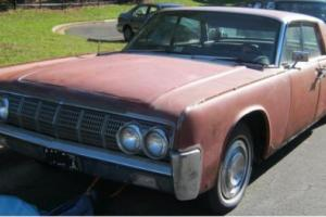 1964 Lincoln Continental Photo