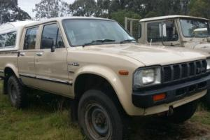 1981 Toyota Aussie Hilux Diesel Crew Cab Manual Photo