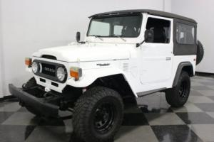 1976 Toyota Land Cruiser FJ40 Photo