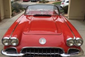 1960 Chevrolet Corvette 4 Speed
