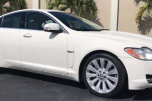 2009 Jaguar XF 4dr Sedan Premium Luxury
