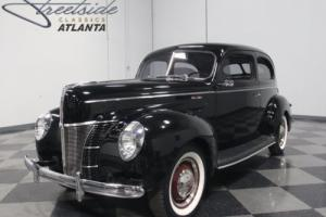 1940 Ford 2 Door Sedan Photo