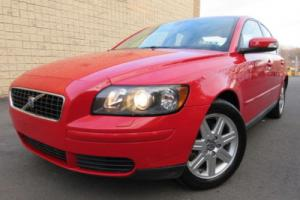 2007 Volvo S40 2.4i 4dr Sedan Sedan 4-Door Automatic 5-Speed