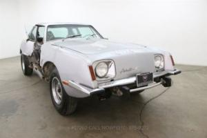 1974 Studebaker Avanti II Photo