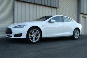 2015 Tesla Model S SUPERCHARGER READY 85