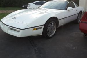 1988 Chevrolet Corvette White C4 Vette V8 Chev Coupe